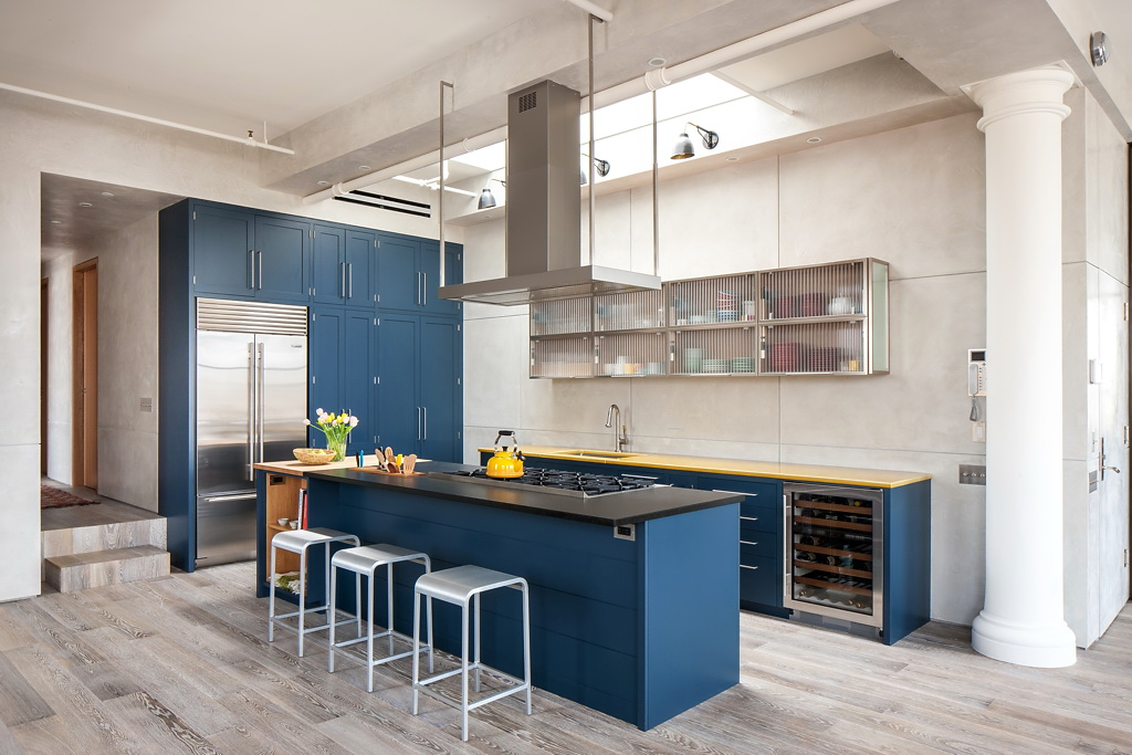 Soho-loft-Casamanara-kitchen-from-an-angle