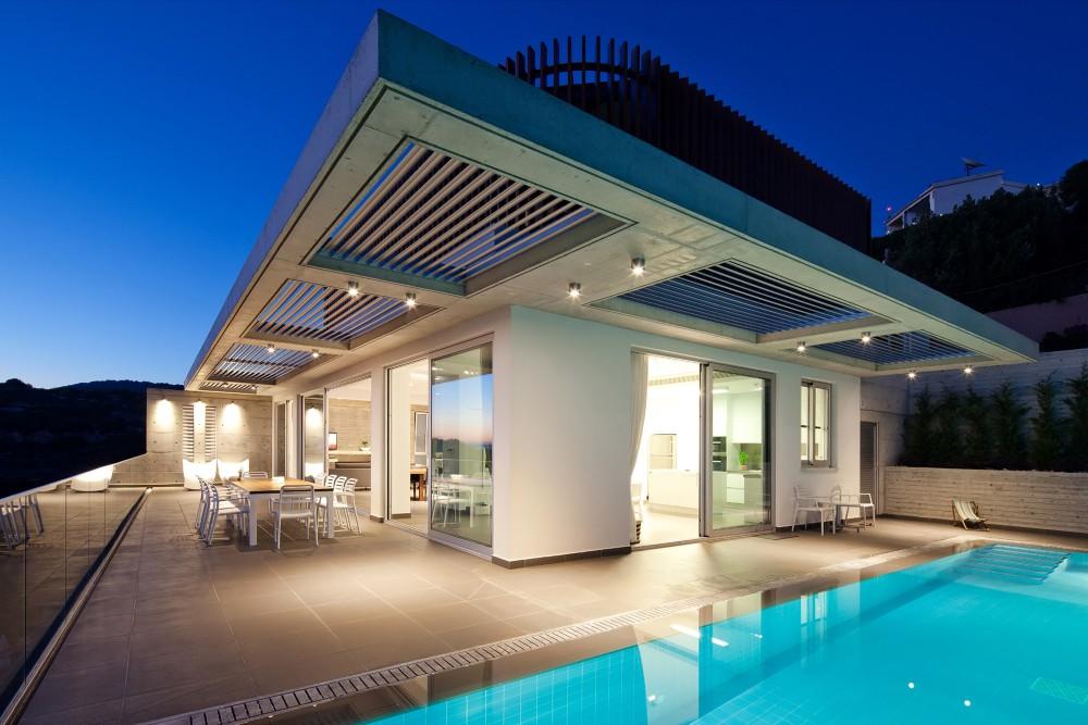 cyprus-residence-pool-terrace