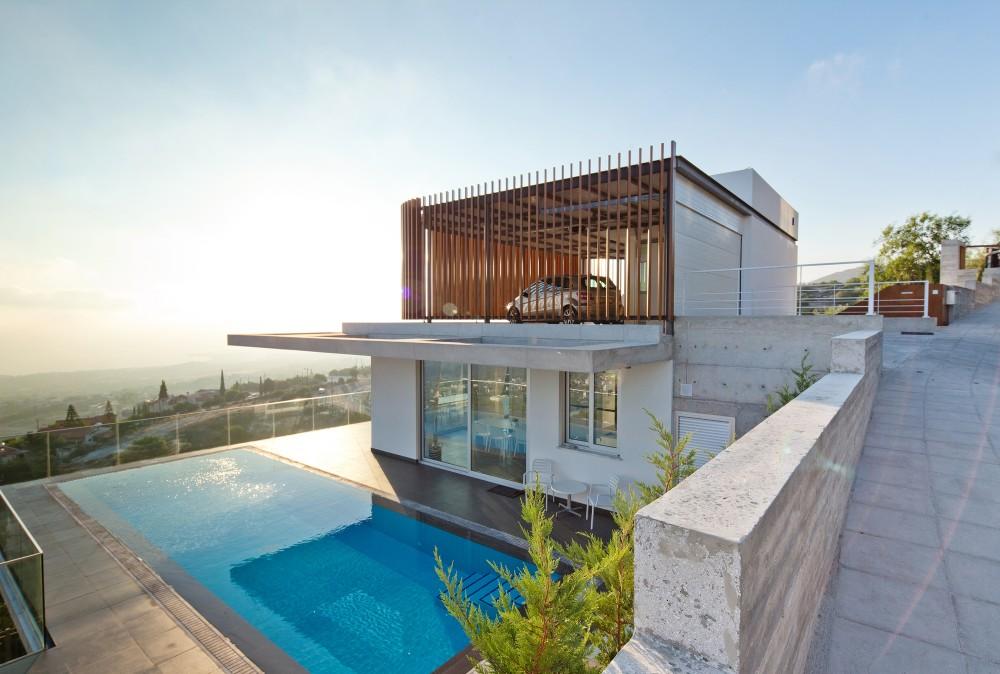 cyprus-residence-rooftop-garage