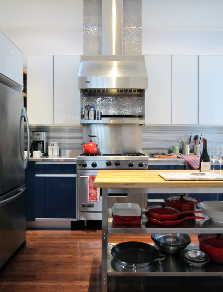 metal backsplash for kitchen how to make the most of stainless steel backsplashes 7445