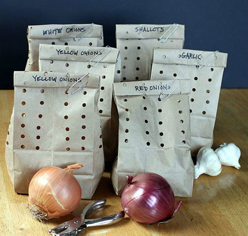 storing onions