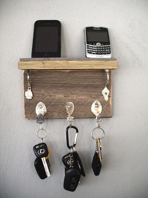 Good 10 Stylish Key Racks For The House