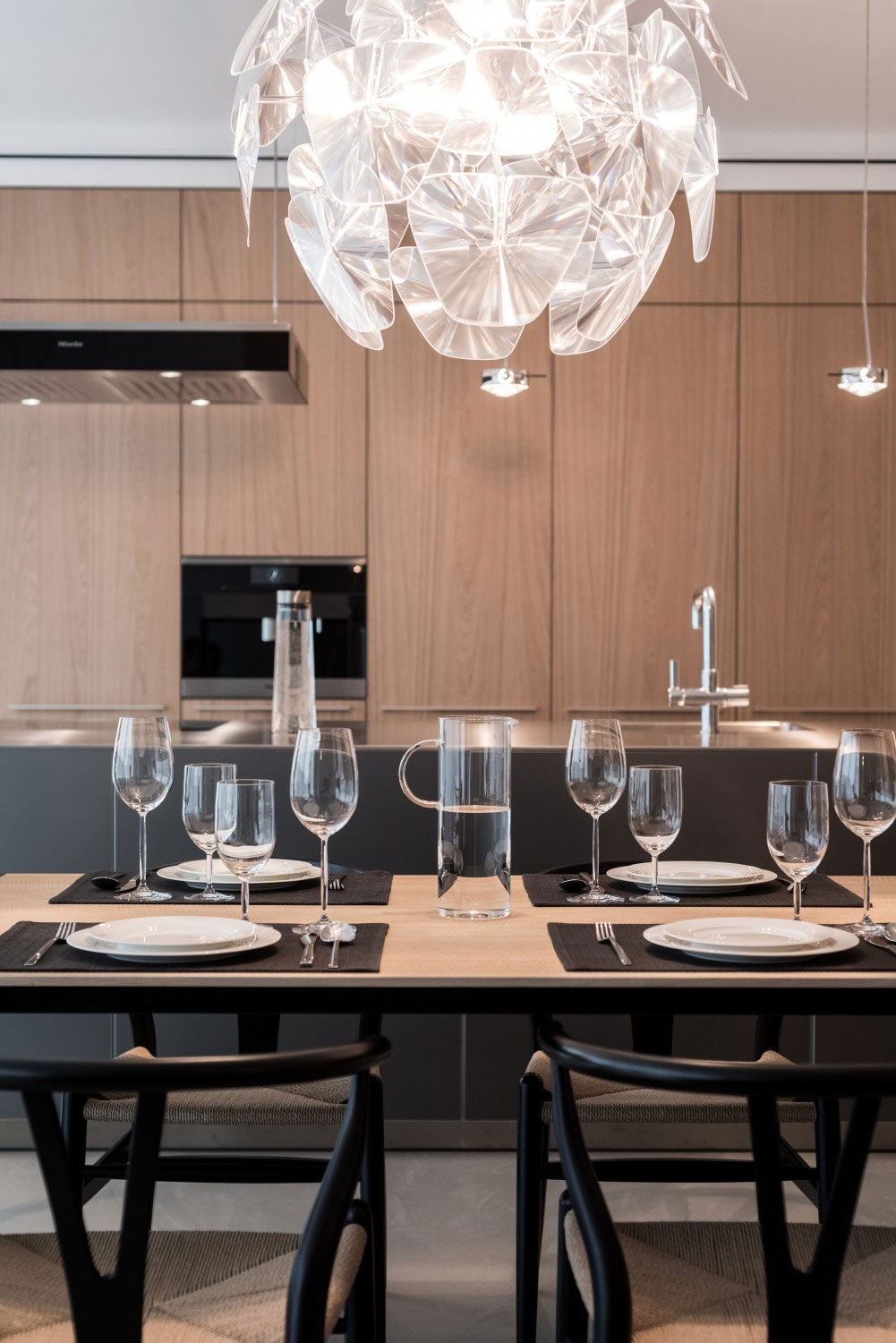 12-Lofts-dining-chandelier