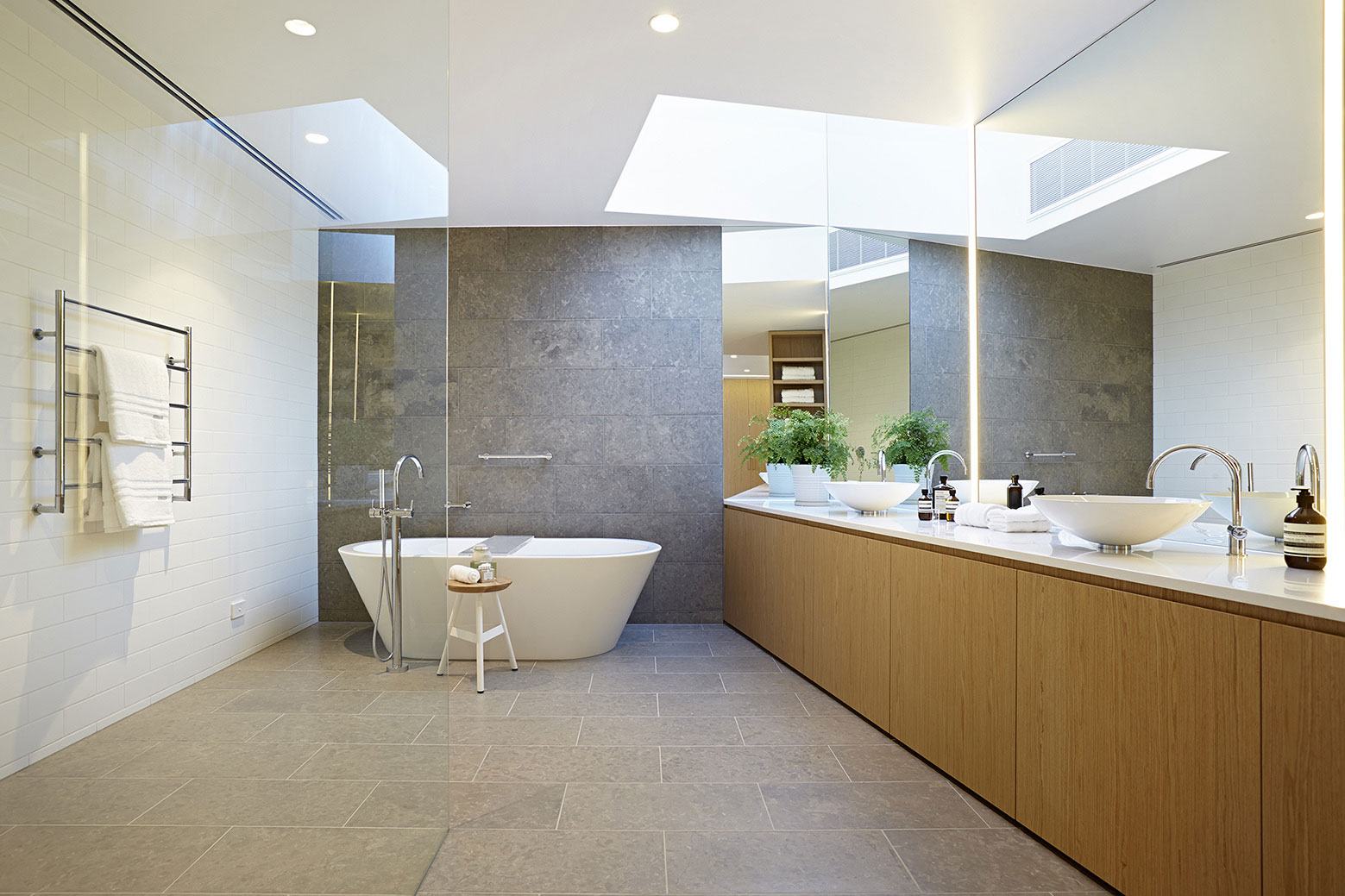 Boandyne-House-bathroom