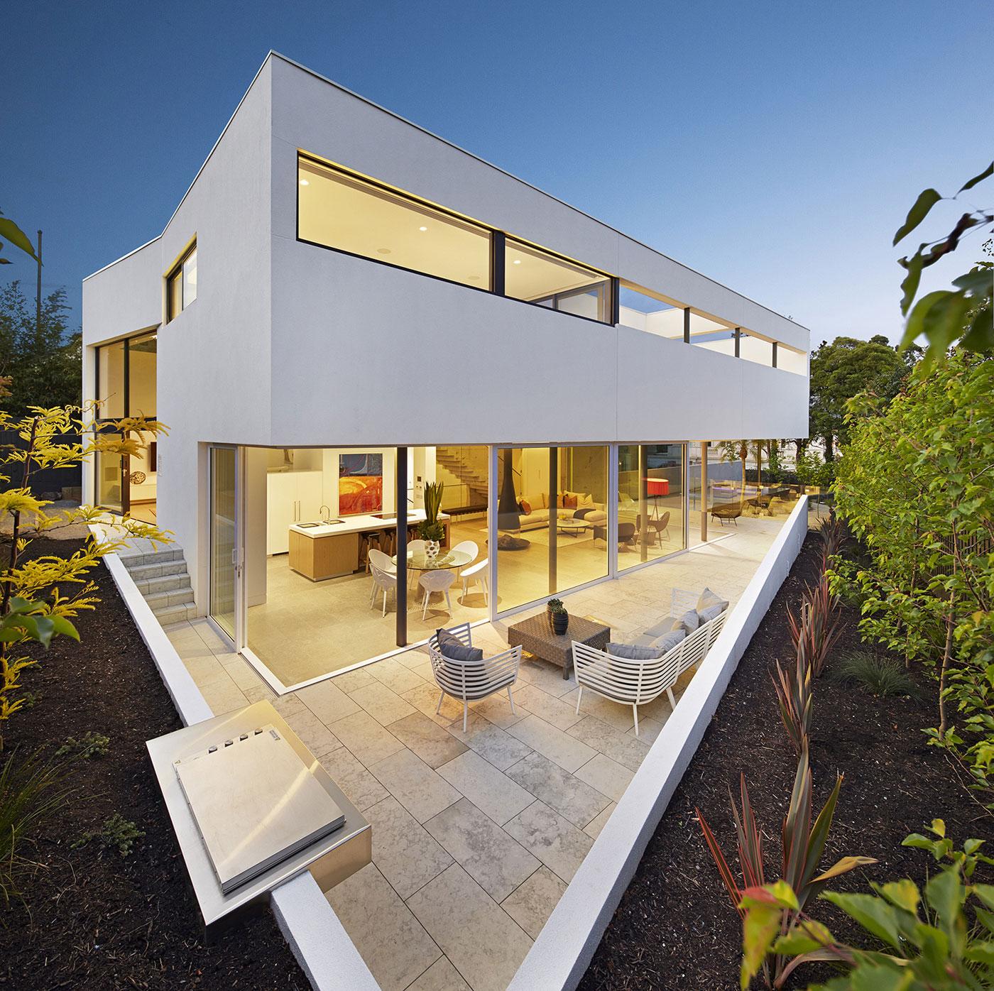 Boandyne-House-outdoor-deck
