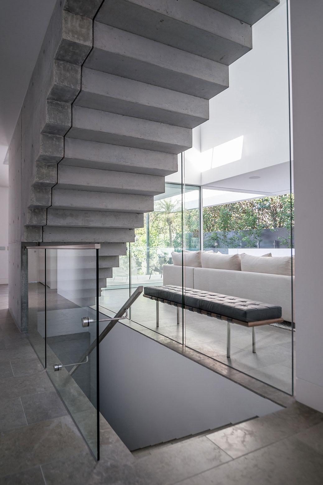 Boandyne-House-staircase