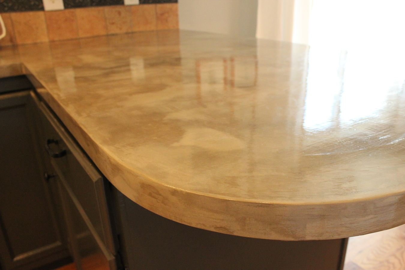 Diy concrete kitchen countertops a step by step tutorial for How to make designs in concrete