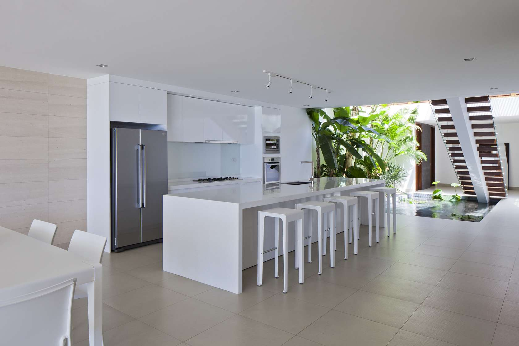 Oceanique-Villas-Vietnam-kitchen2