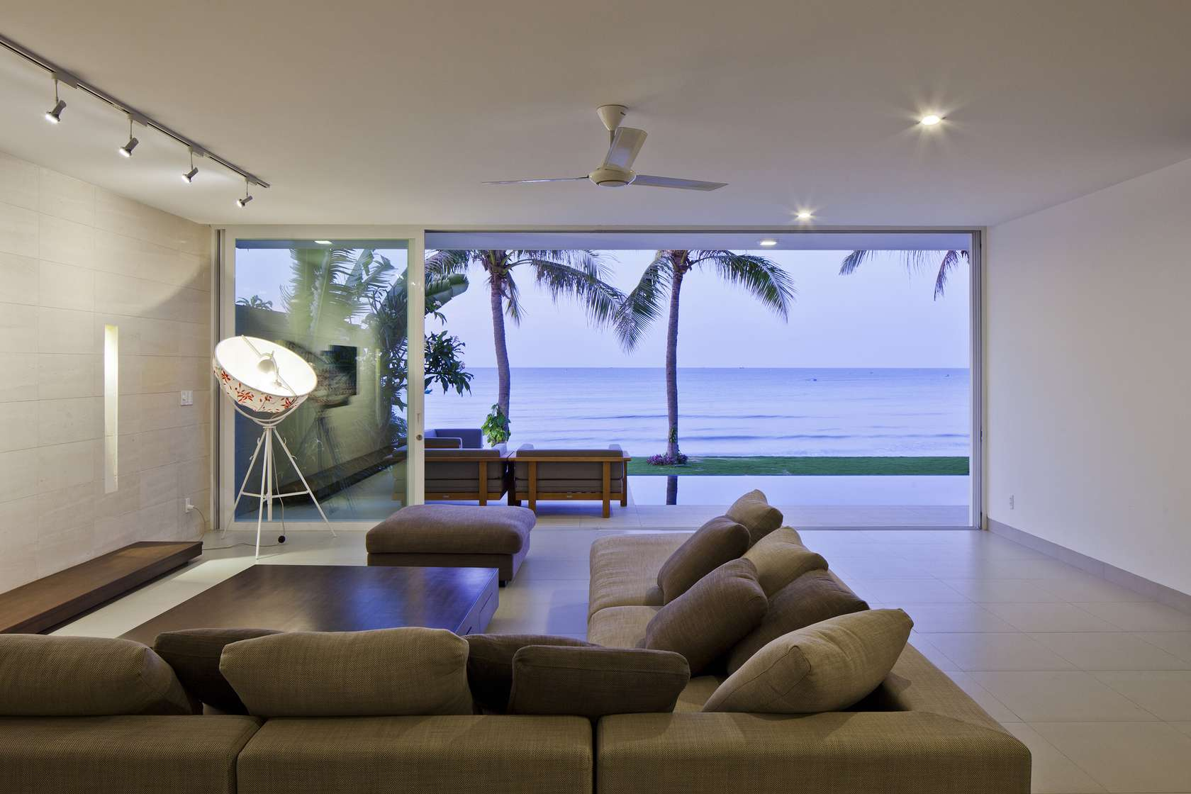 Oceanique-Villas-Vietnam-living-room-views
