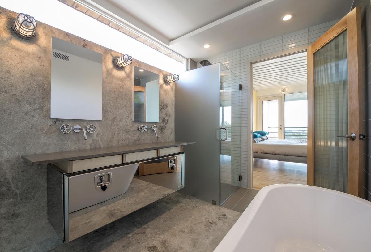 PV14-House-zen-bathroom