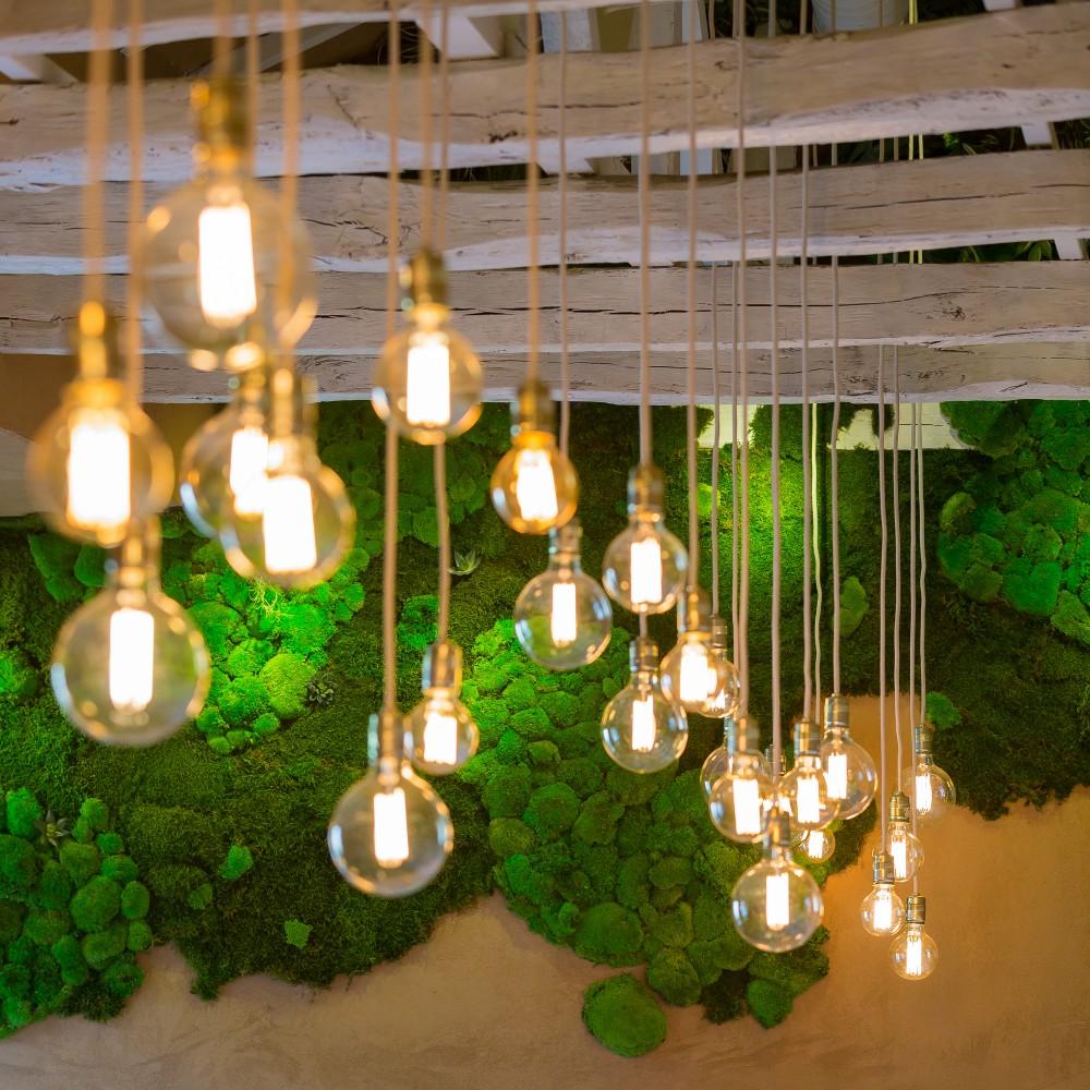 SHIFT-restaurant-Edison-bulbs2
