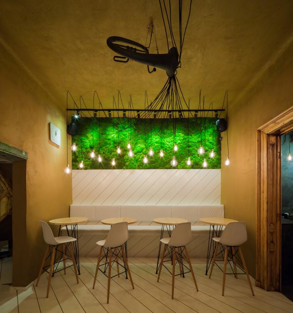 SHIFT-restaurant-French-horn-lighting