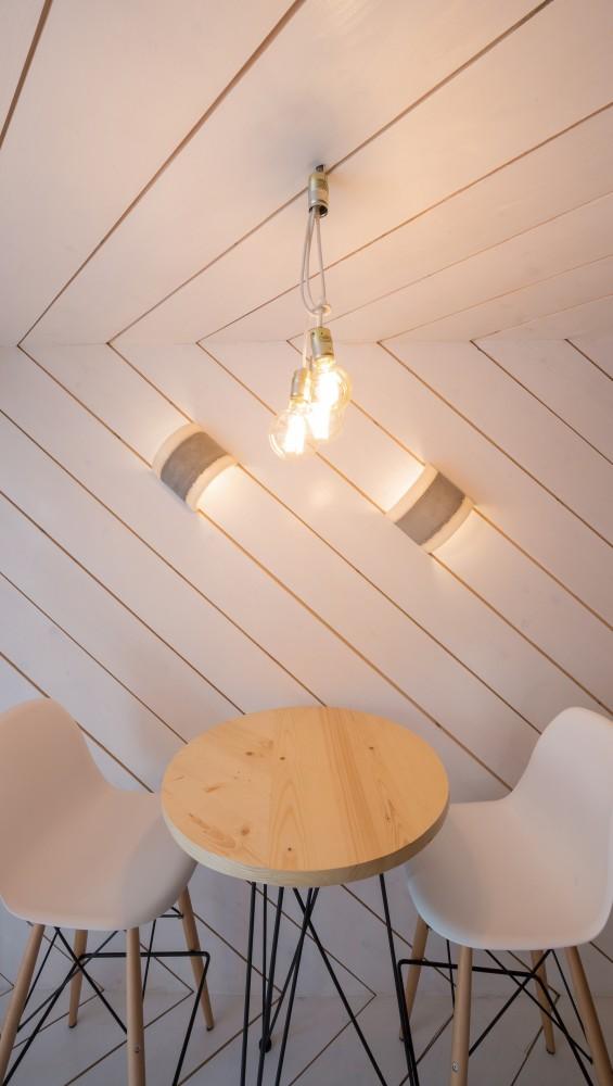 SHIFT-restaurant-diagonal-wood-slats