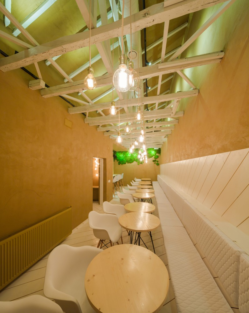SHIFT-restaurant-long-and-narrow-space