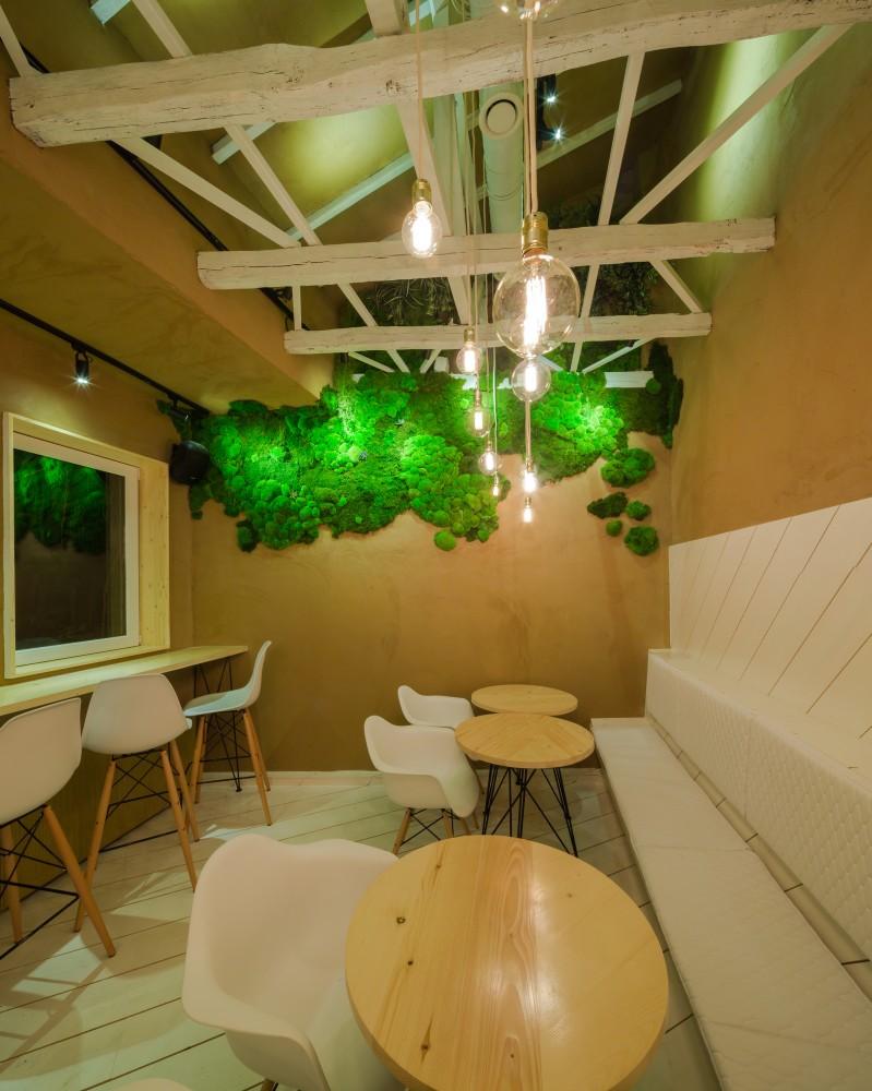 SHIFT-restaurant-wall-at-far-end