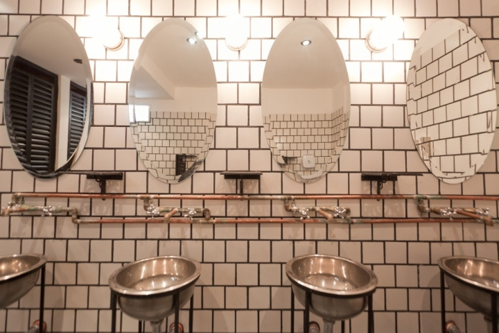 Victoria-Brown-bar-bathroom-mirrors