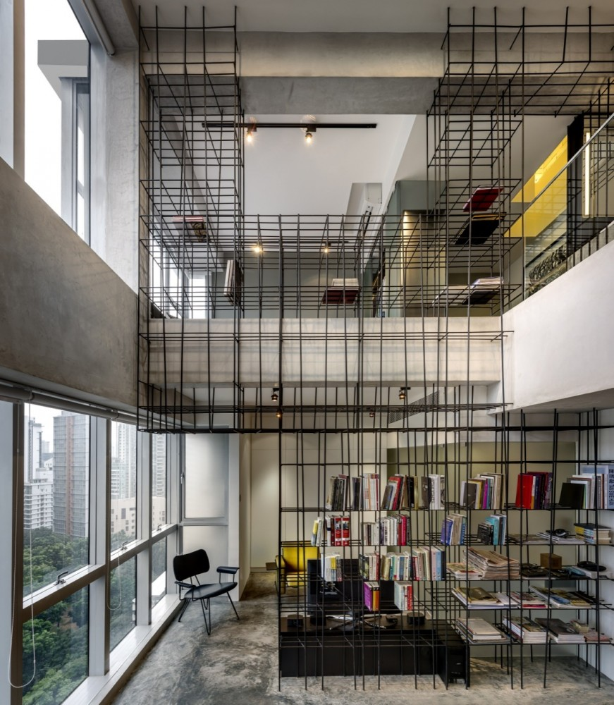 Sculptural Steel Rods Transform A Loft Into A Work Of Art