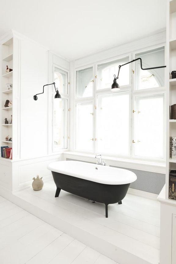 art-nouveau-ap-bedroom-tub
