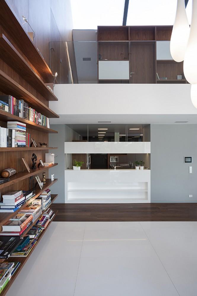 edge-house-krakow-middle-floor