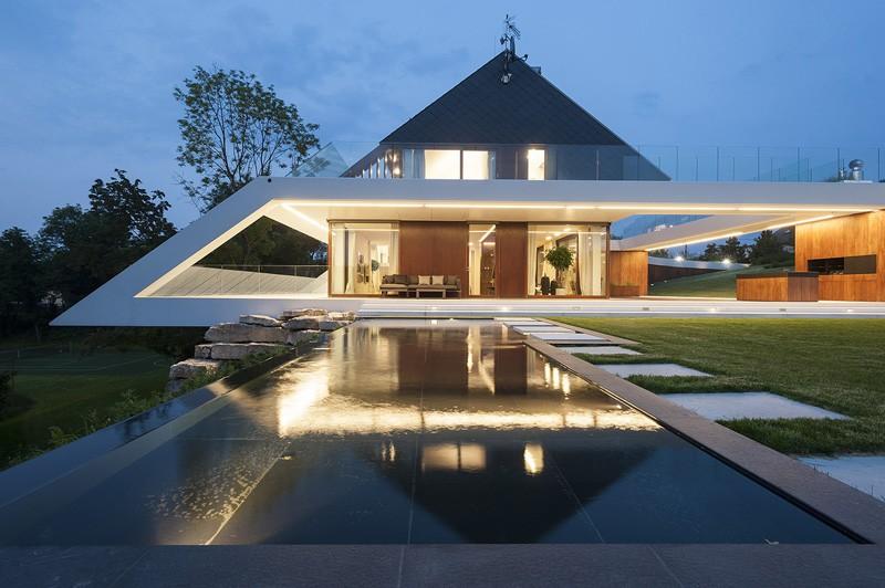 edge-house-krakow-three-level-distinction