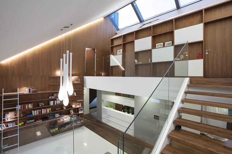 edge-house-krakow-top-floor-interior