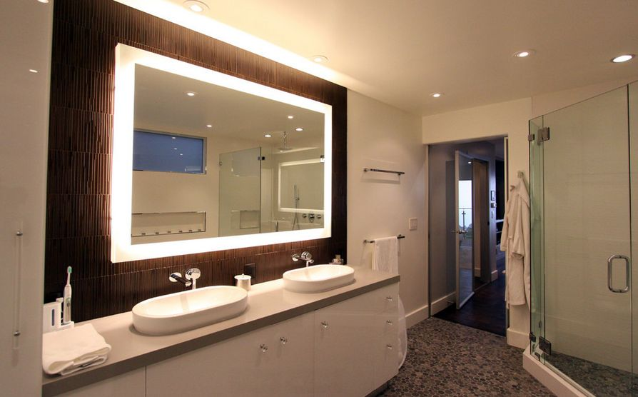 How to pick a modern bathroom mirror with lights home decorating trends homedit aloadofball Choice Image