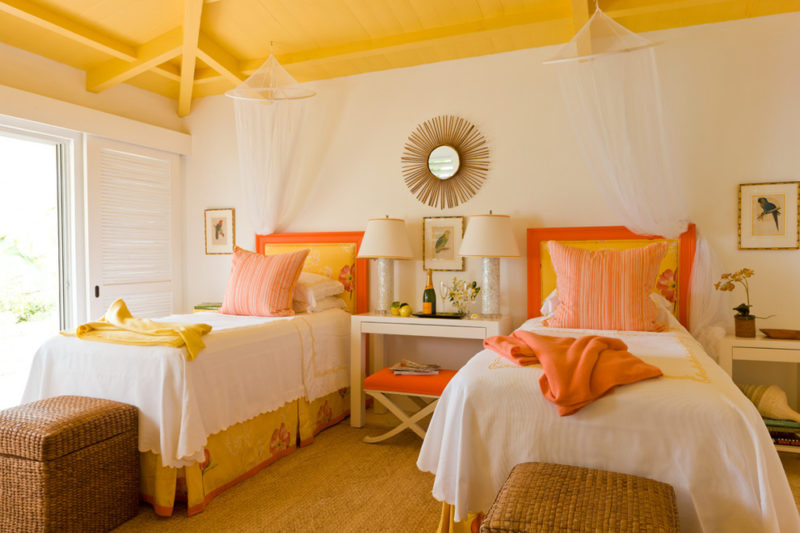 Colors That Make Orange and Compliment Its Tones