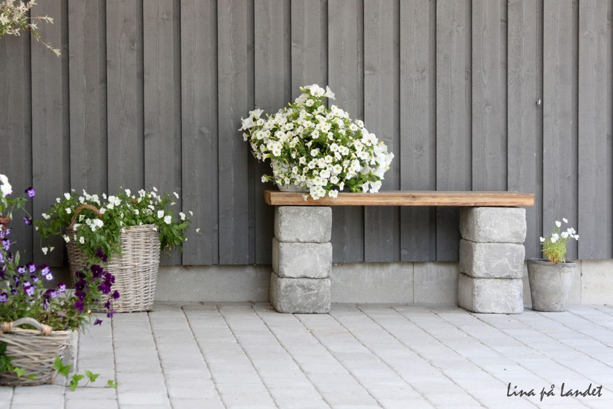 How to use cement blocks in practical outdoor projects for Bancas para jardin