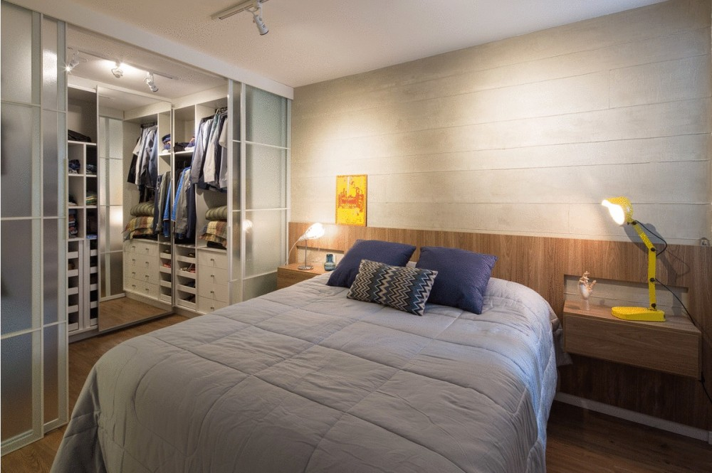 Brasil-aaprtment-bedroom-and-closet