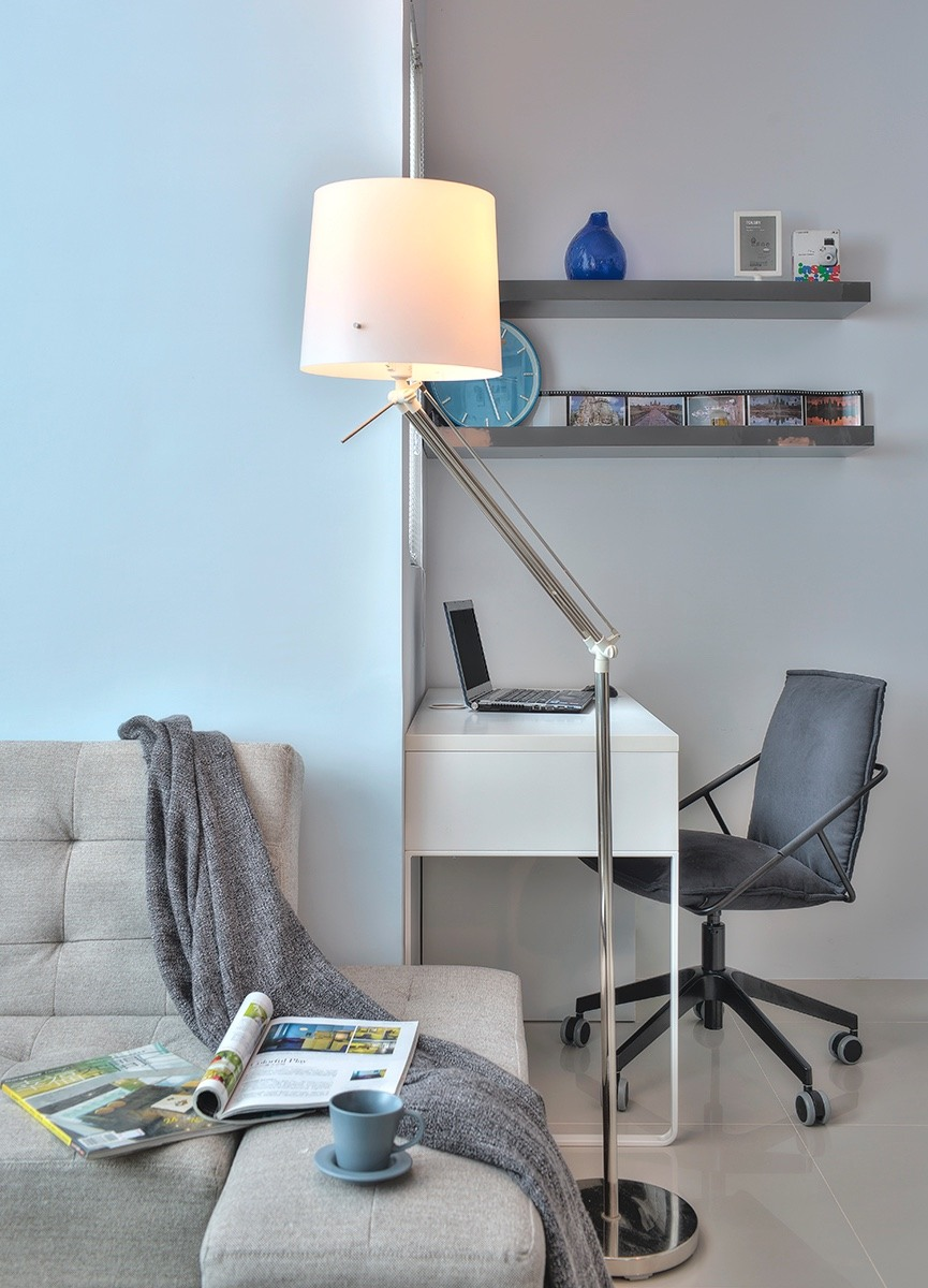 Cloud Pen Studio-apartment-floor-lamp