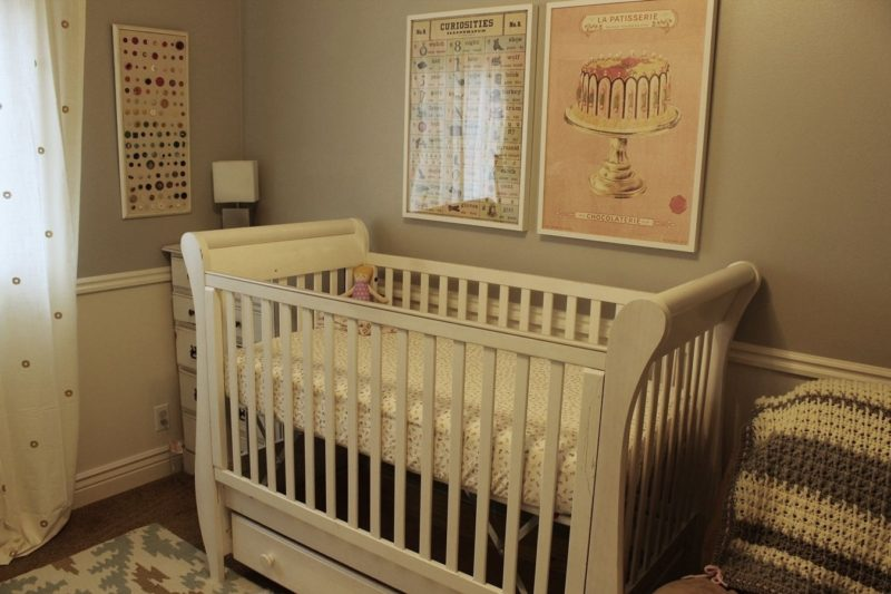 DIY Crib Sheet: Step-by-Step Tutorial for Making Two Types of Crib Sheets