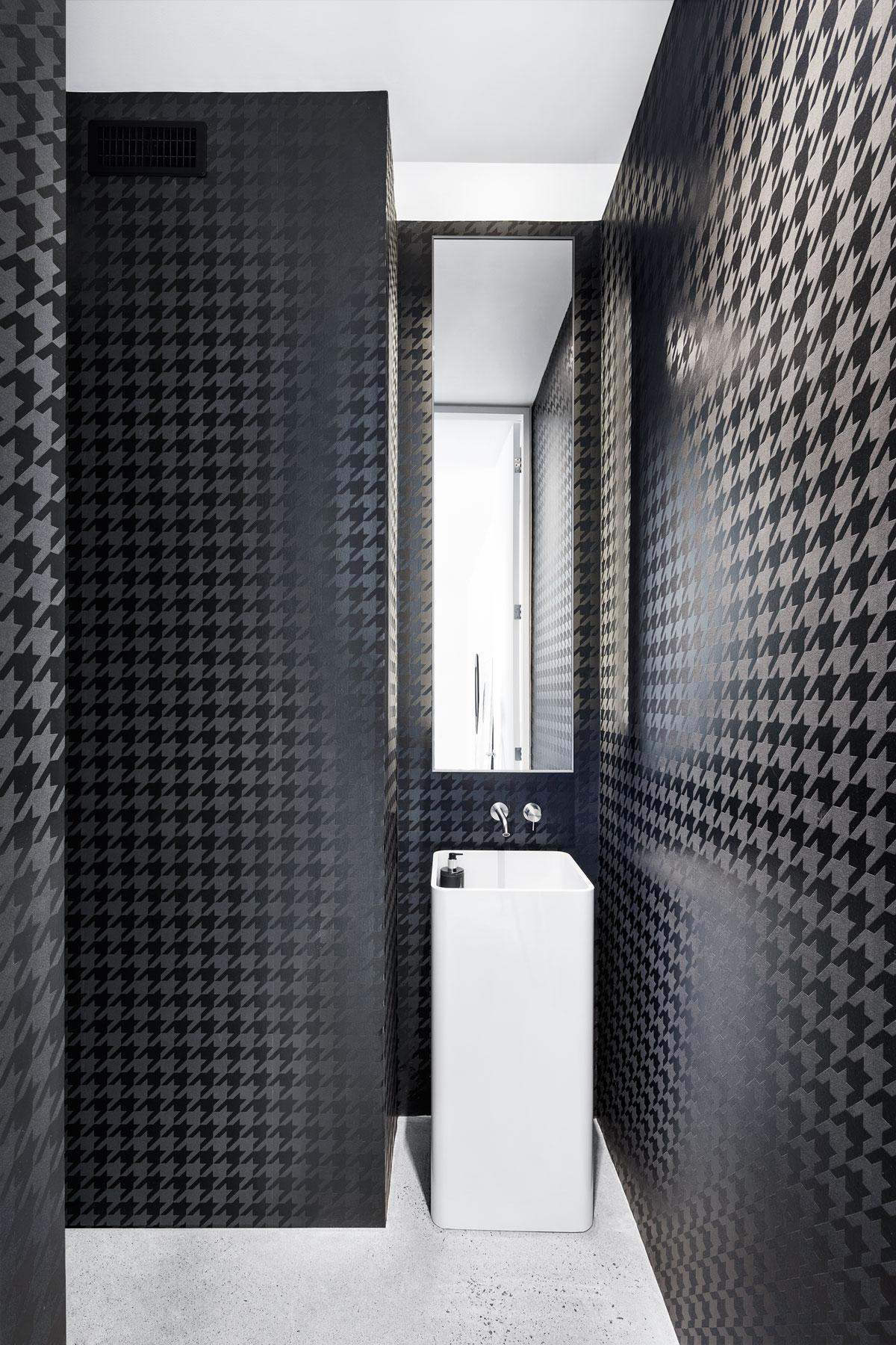 Holy-Cross-bathroom2