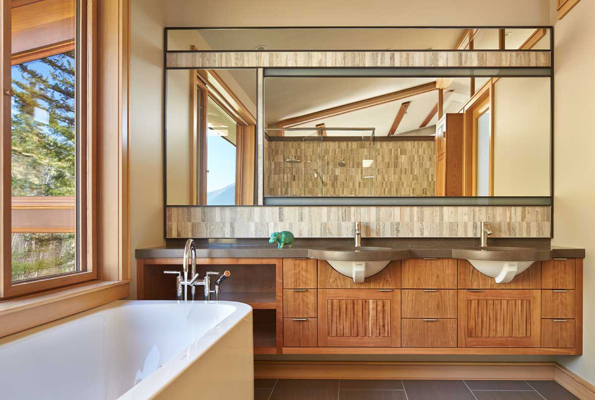 Mazama-House-bathroom-mirror