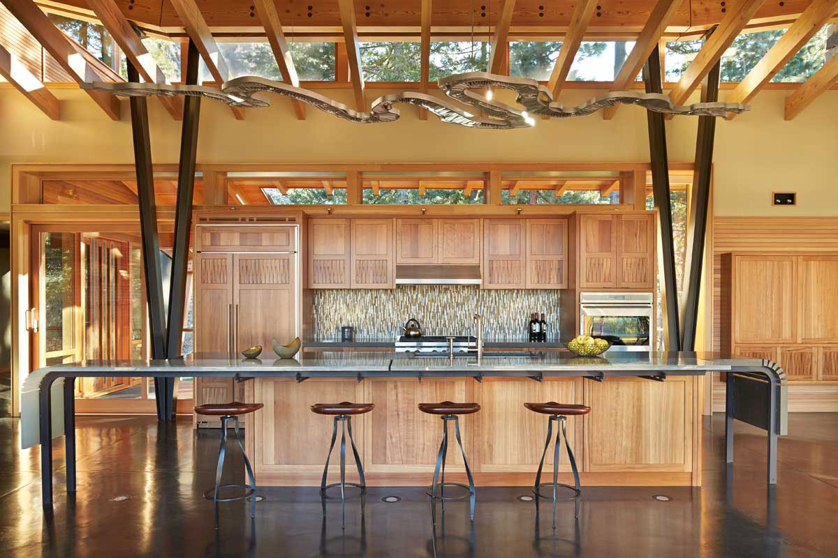Mazama-House-kitchen