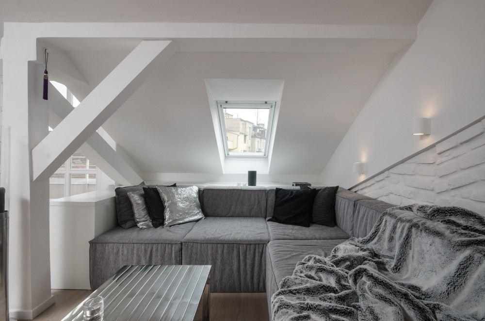 OOOOX-attic-apartment-corner-sofa