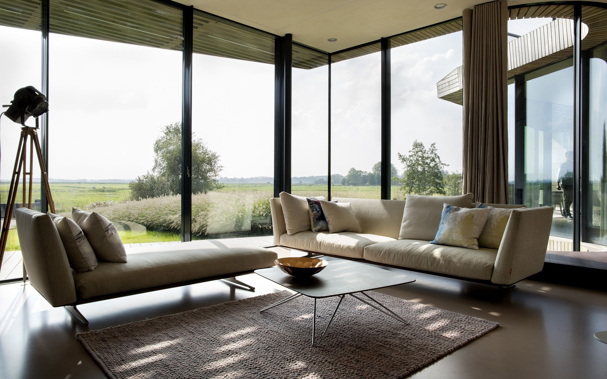 The-W.I.N.D-House-living-area