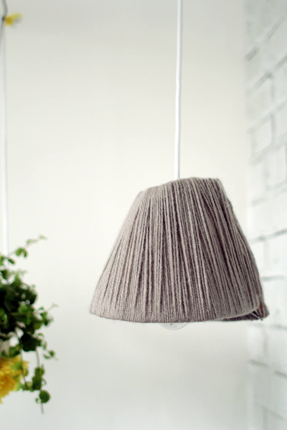 Yarn wrapped lampshade 22