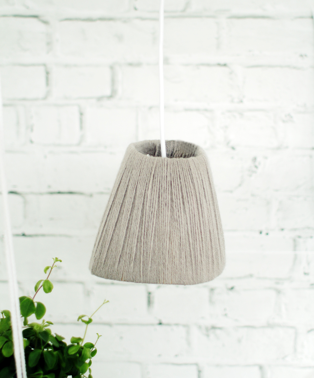 Yarn wrapped lampshade 27