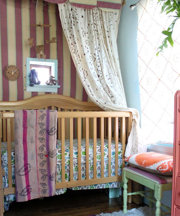 Vintage Inspired Classic Soft Pink Nursery: Vintage Nurseries: Colors, Styles & Accents