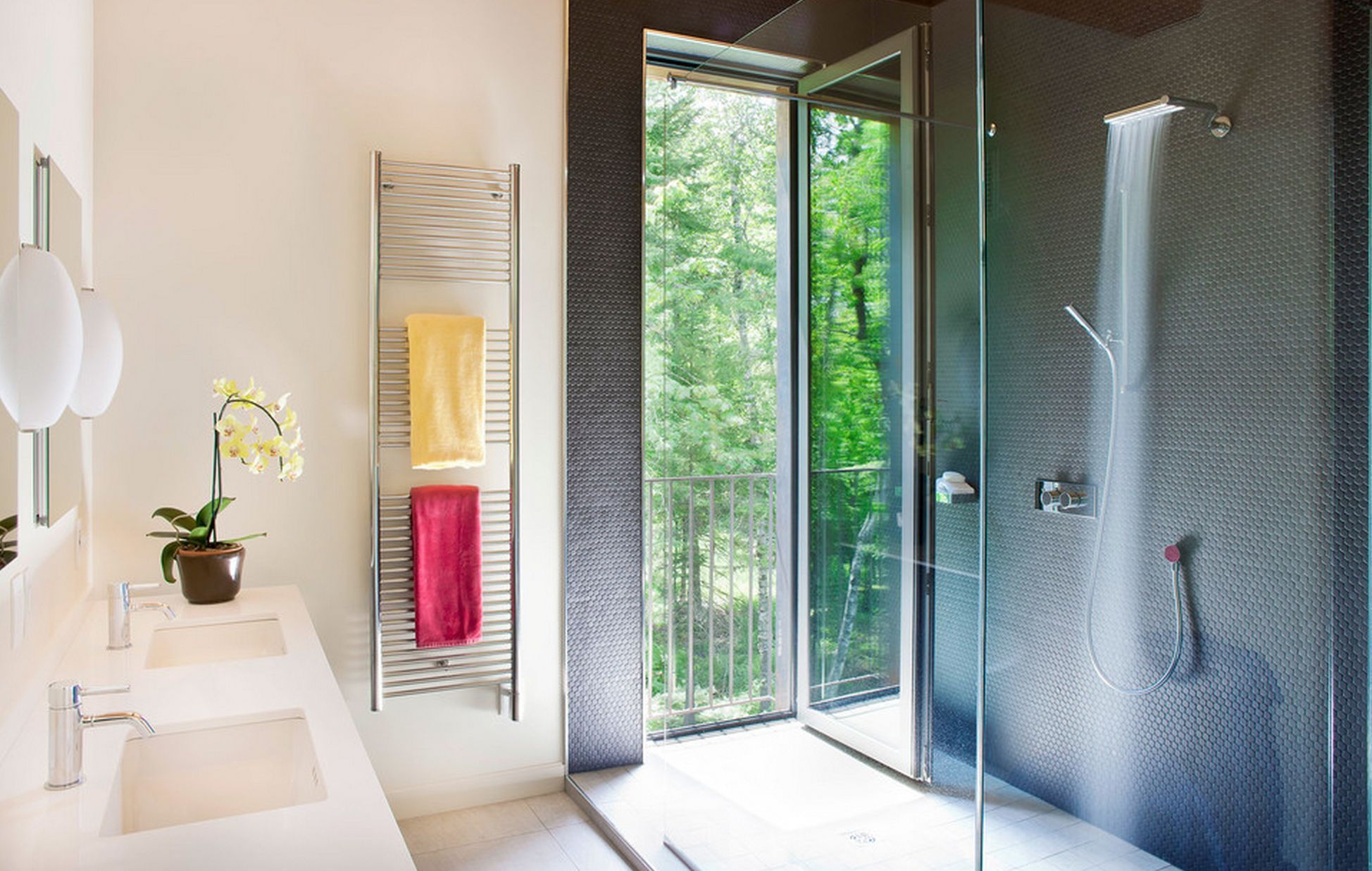 Why And How To Choose The Right Towel Warmer Good Ideas