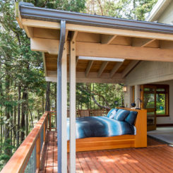 Outdoor porch beds that will make nature naps worth it how to style a sleeping porch colors designs accents solutioingenieria Image collections