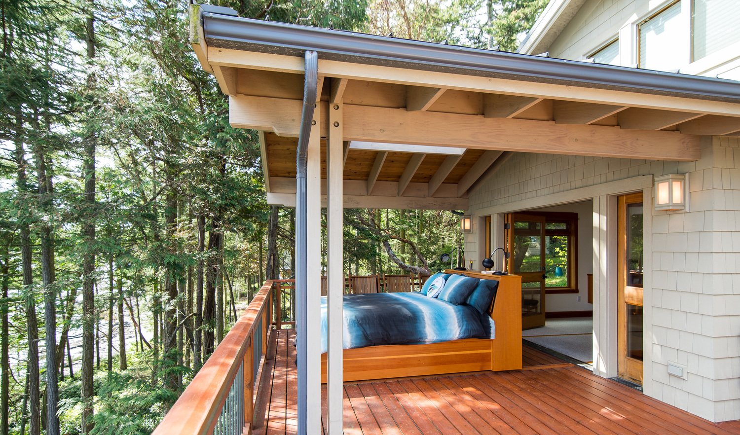 How to style a sleeping porch colors designs accents - Protruding balcony modern house plans ...