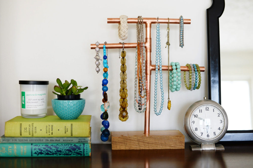 Diy copper pipe jewelry stand Diy porte bijoux