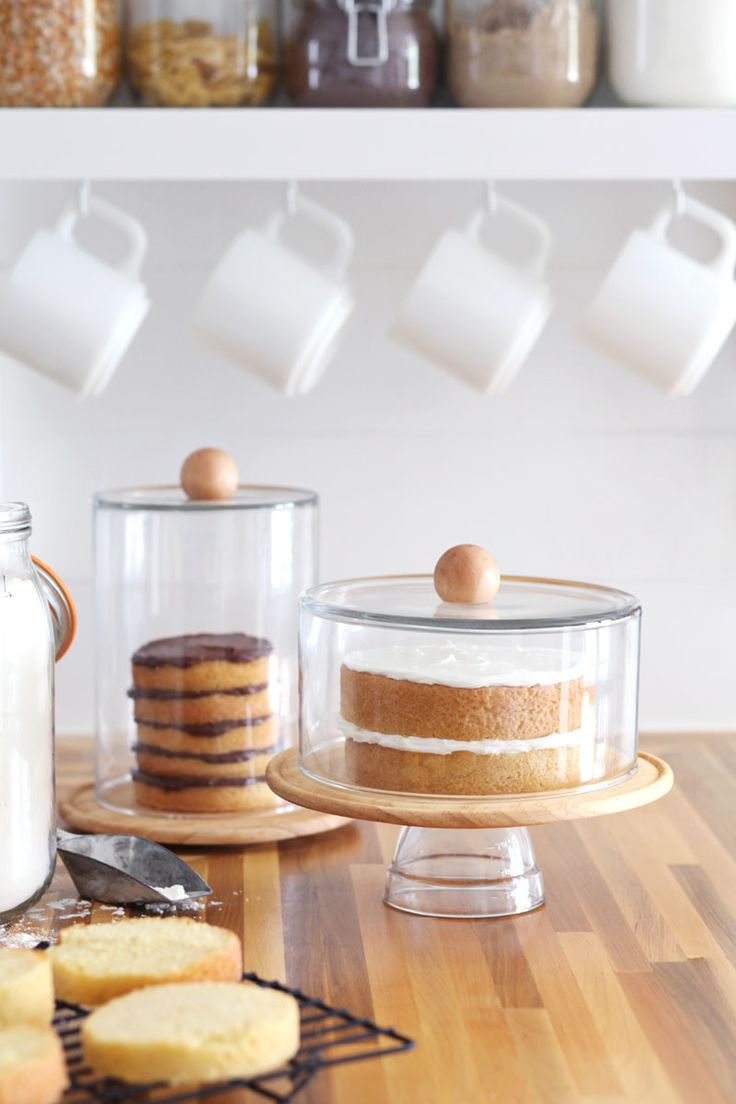 diy domed cake stand & 20 Gorgeous Cake Stands to Buy or DIY