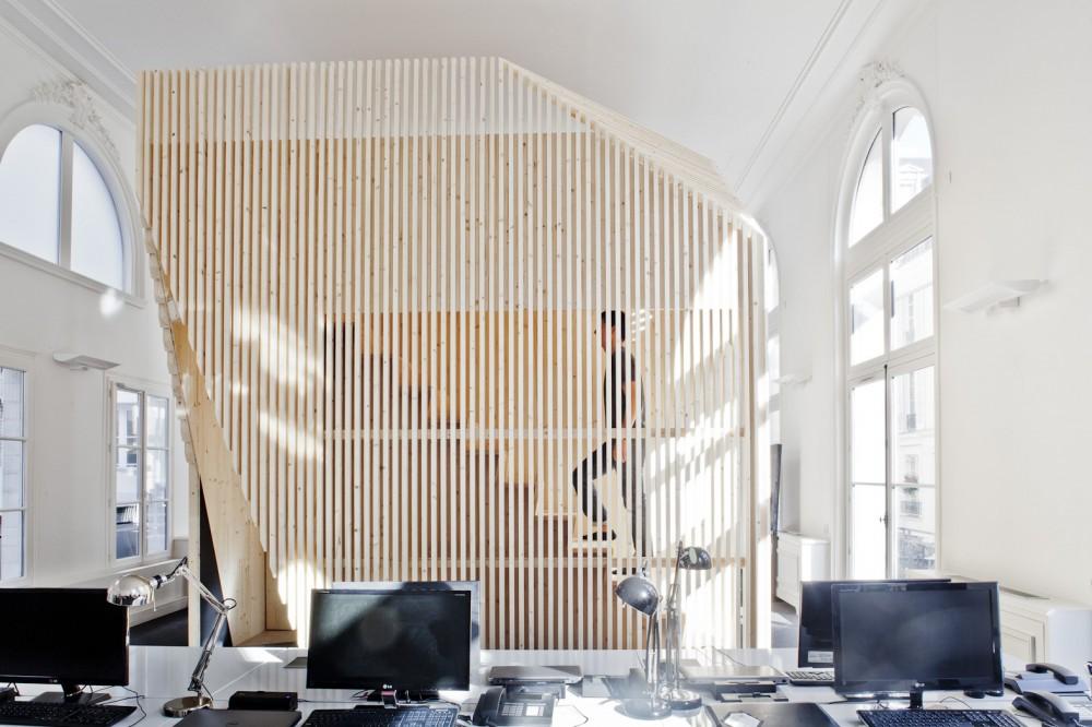 ekimetrics-hq-eki-cube-staircase
