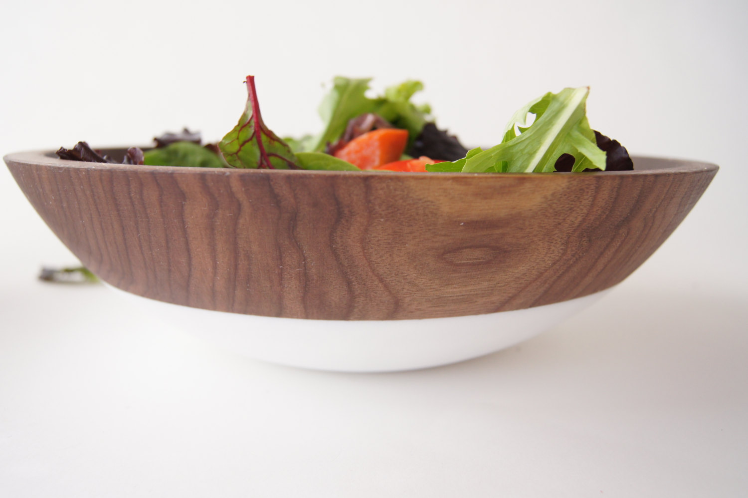 10 Serving Bowls Just Waiting For Summer Salads