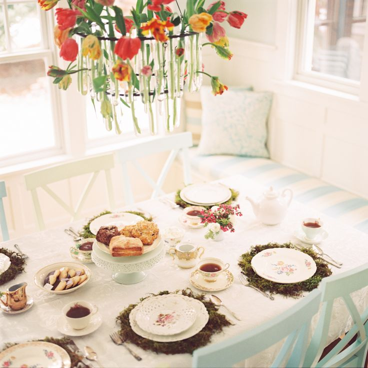 Top 12 table settings for your mother 39 s day table Simple table setting for lunch