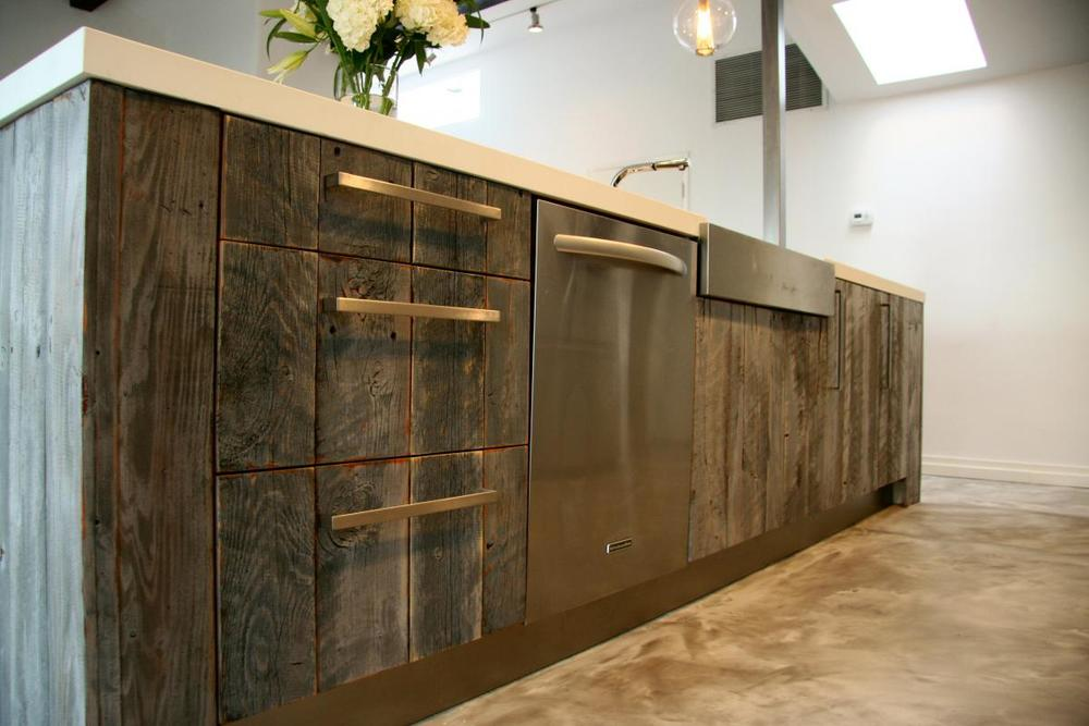 Modern Kitchen Design With Pretty Reclaimed Wood Kitchen