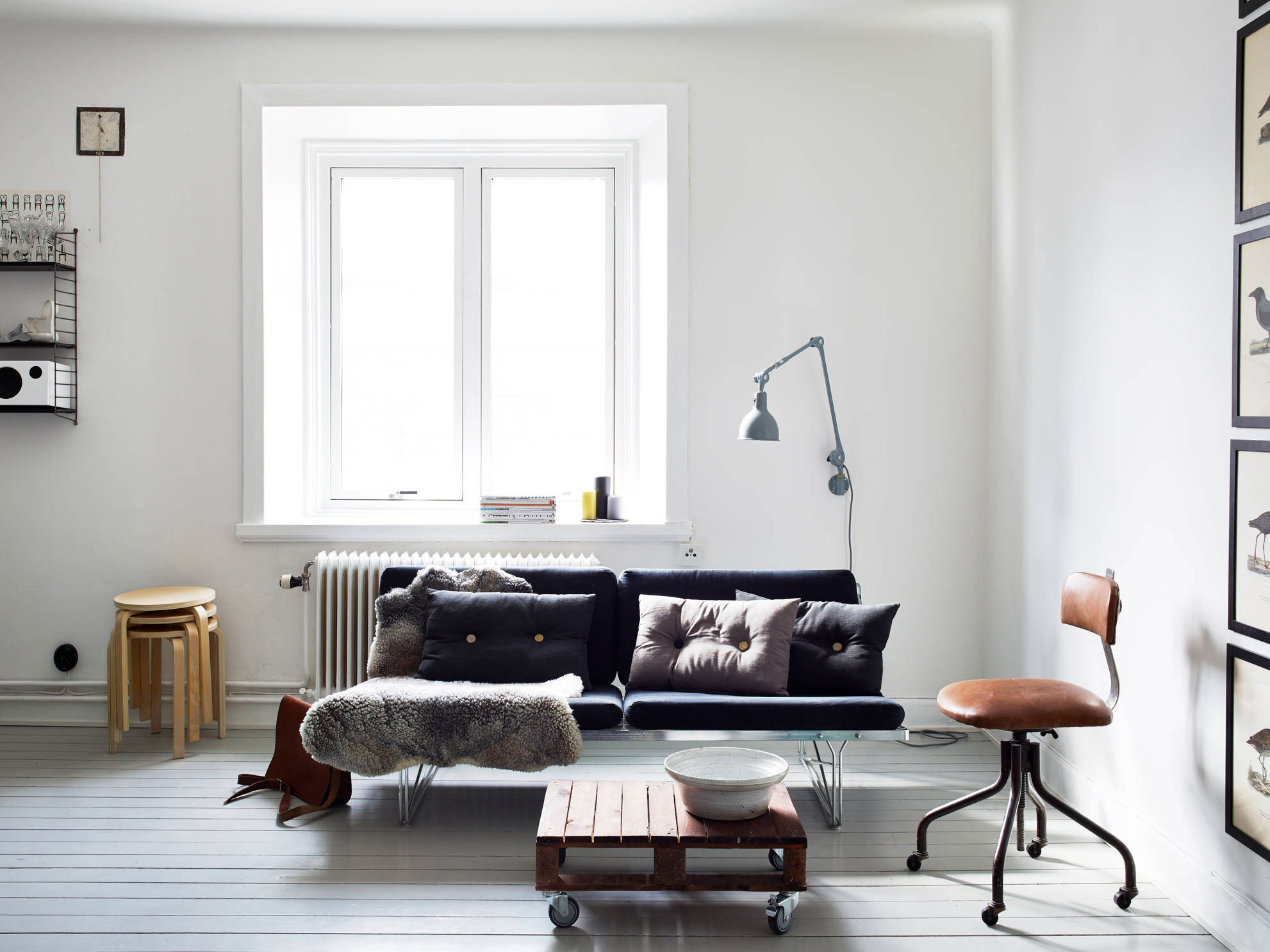 Gorgeous ways to incorporate scandinavian designs into for Scandinavian furniture