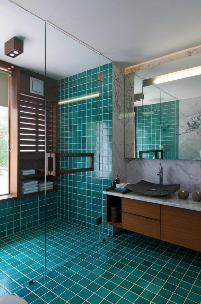 Teal. 20 Functional   Stylish Bathroom Tile Ideas